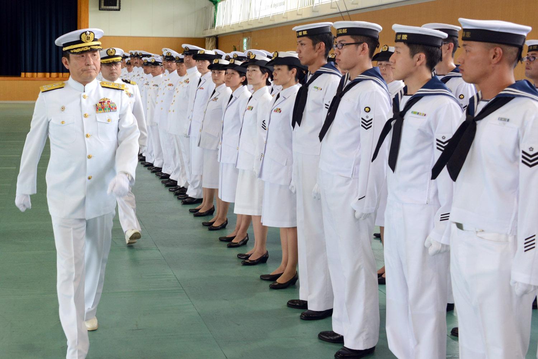 曹士階級の場合は「第一種礼装」と呼ばれる礼装になります。